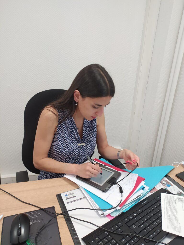 Signature chez la notaire